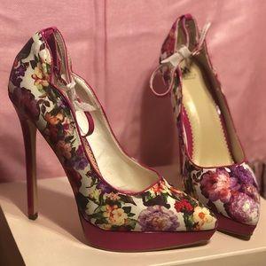 Shoedazzle Madison heels